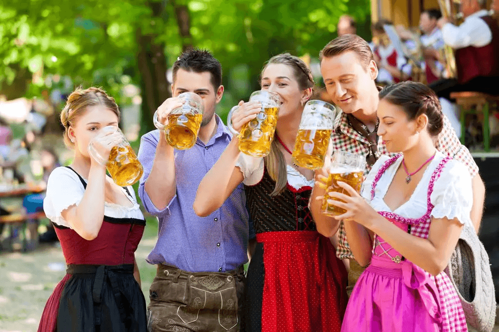 Oktoberfest-2019-and-Lederhosen
